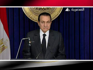 Hosni Mubarak announces resignation as president of Egypt_20110210161126_JPG