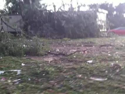 Damage in Moore neighborhood