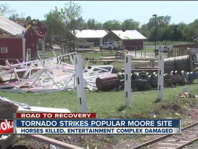 Tornado strikes popular Moore site