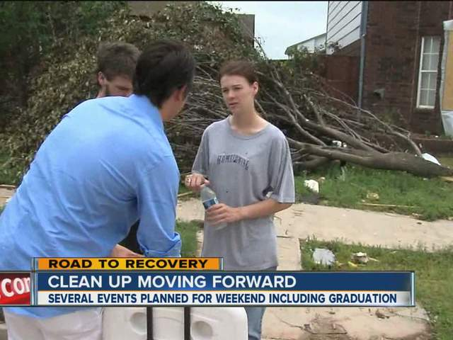 Moore senior helps neighbors with tornado cleanup ahead of Saturday's graduation