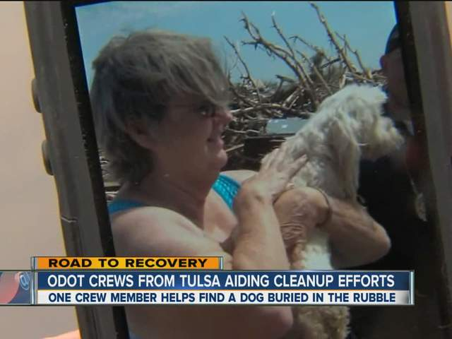 Tulsa worker finds dog in Moore rubble