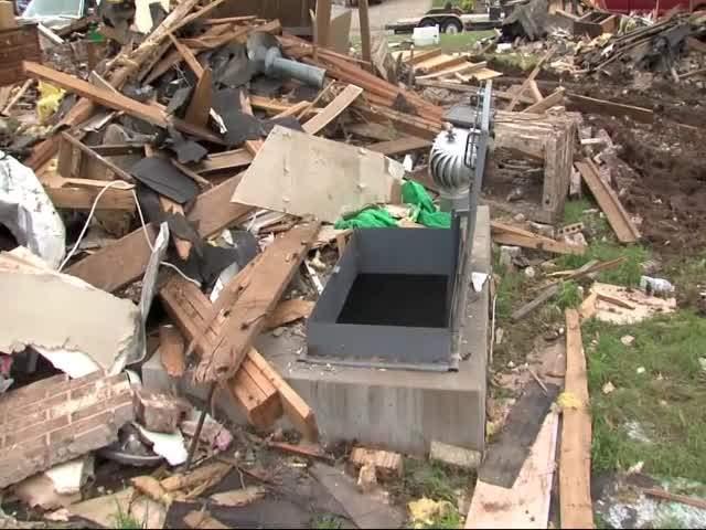 Survivor says he won't rebuild in Moore