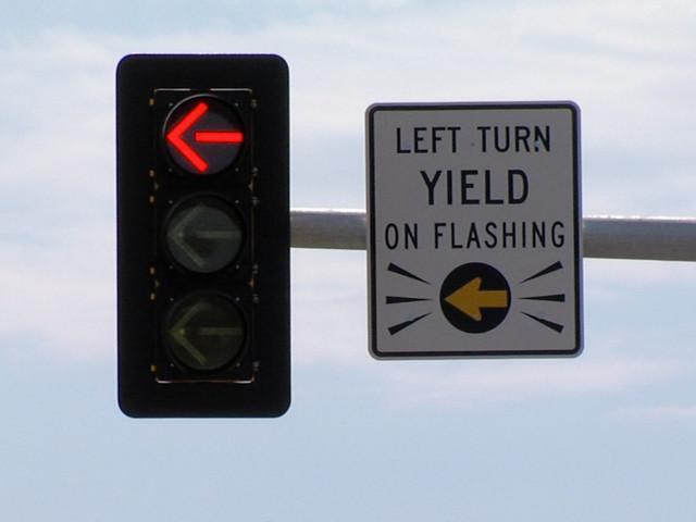 yellow arrow traffic light - photo #13