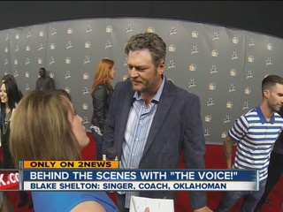On The Voice red carpet with Blake Shelton