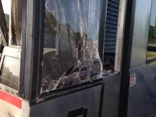 Drunk driver hits tollbooth, injures worker