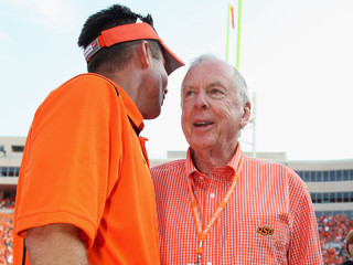RANT: Gundy, Pickens squabbling; Sooners to NYC