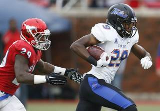 Tulsa defeats SMU, 40-31