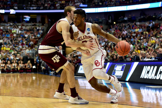 OU beats A&M to move on to Elite 8