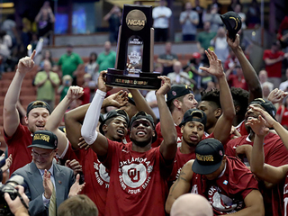 Sooners tame the Ducks; advance to Final Four