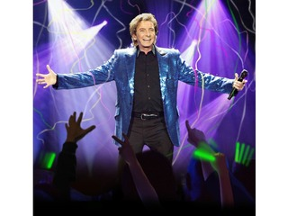 CONTEST: Win a pair of tickets to Barry Manilow