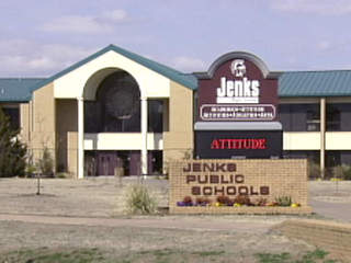 Jenks schools see increase in kids out sick