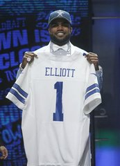 Cowboys draft Elliott with #4 pick overall