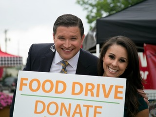 PHOTOS: Food drive benefiting veterans