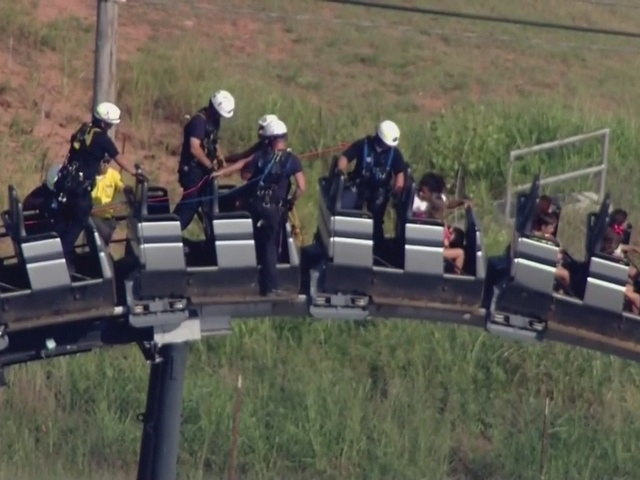 Oklahoma City firefighters help rider off stranded Silver Bullet roller…