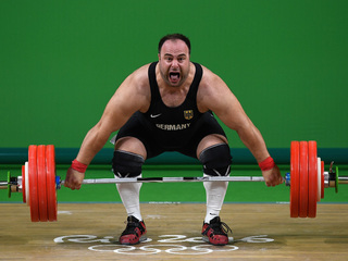 Funny faces of Olympics weightlifters