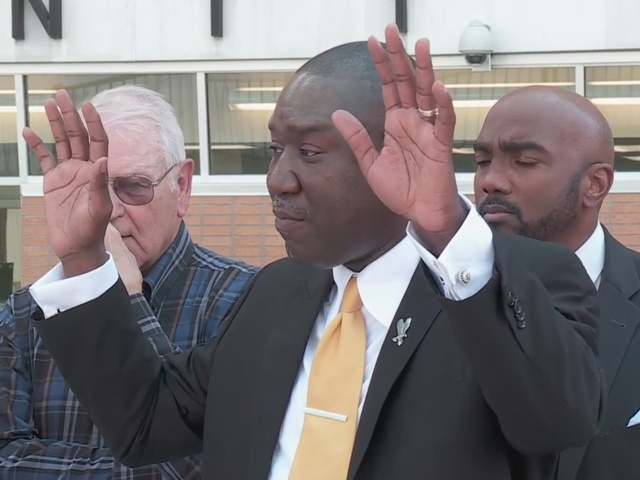 Benjamin Crump, attorneys answer questions about Terence Crutcher, Tulsa…