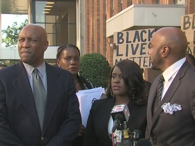 Terence Crutcher legal team, family speak at news conference following…