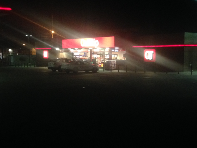 Police looking for east Tulsa QT robbery suspect
