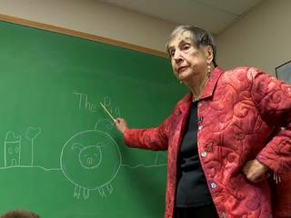 Tulsa teacher remains in classroom at age 91