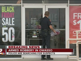 Owasso Police search for armed suspects