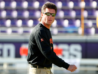 Mike Gundy's mullet during the 2016 season