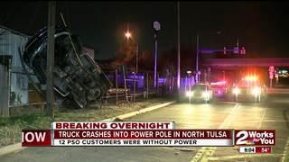 Driver crashes into north Tulsa power pole