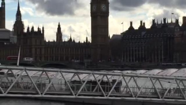 Raw- Police treating attack in London as terror