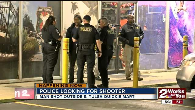 Tulsa Police searching for shooter after man been shot outside South…