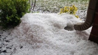 Hail storm moves through Green Country