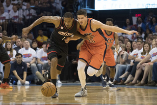 Nene's 28 lead Rockets past Thunder