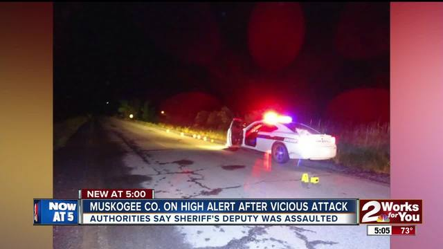 Muskogee County deputy attacked- knocked unconscious- deputies searching…