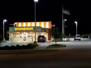 Tulsa Hills' Whataburger robbed at gunpoint