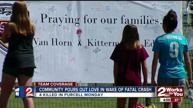 Community pours out love in wake of fatal crash