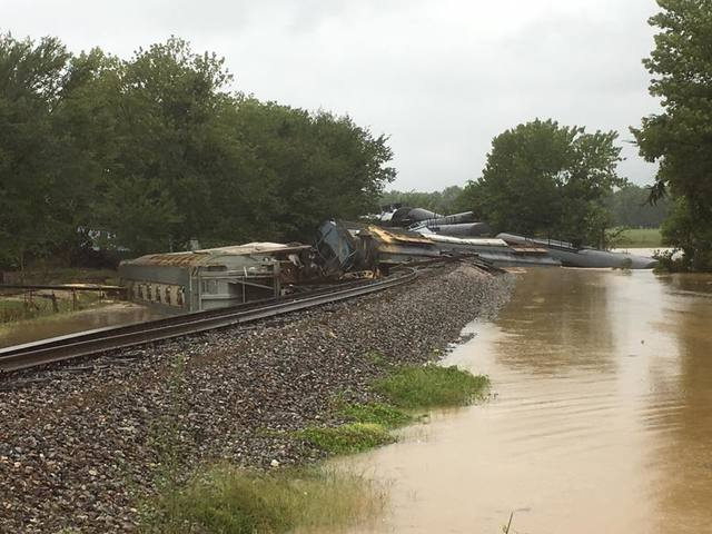 Central School In Sallisaw Cancels Classes Through Wednesday Following Train Derailment