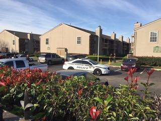 Woman shot at apartment in south Tulsa