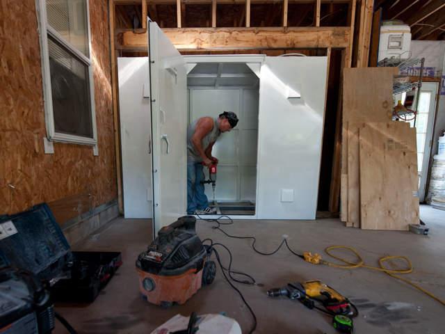 Moore tornado safe rooms safe room mandates remain rare for Best safe rooms