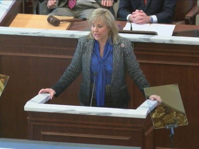 Governor Fallin Signs School Funding Bill
