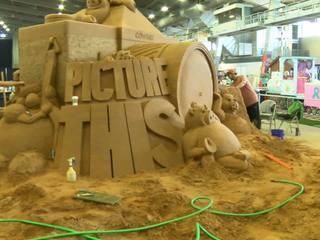 75 ton sand sculpture draws crowd at Tulsa Fair