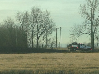 Firefighters battle grass fire east of Catoosa