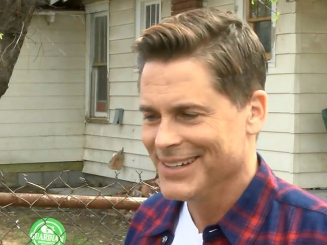 Actor Rob Lowe (Sodapop Curtis) stops by The Outsiders ...