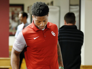 Joe Mixon reaches settlement in civil suit
