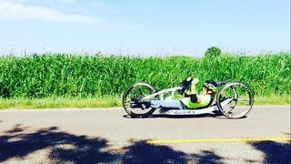 Hand Cyclists Ride in Route 66 Marathon