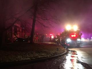 Family escapes South Tulsa fire
