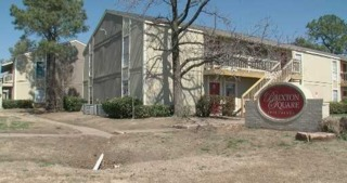 Woman owed deposit from apartment complex