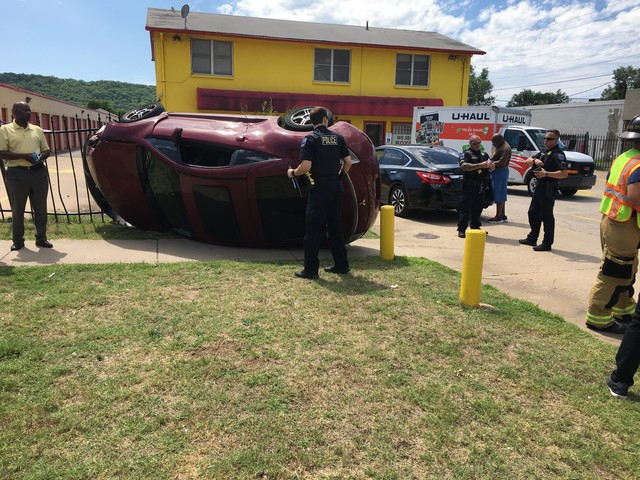 Car wreck in Midtown
